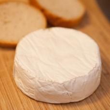 Сыр Бручетта (вяленые томаты, лук, чеснок, красный болгарский перец, орегано, базилик, паприка), 100 гр.