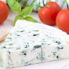 Полумягкий сыр с голубой плесенью ,100 гр.